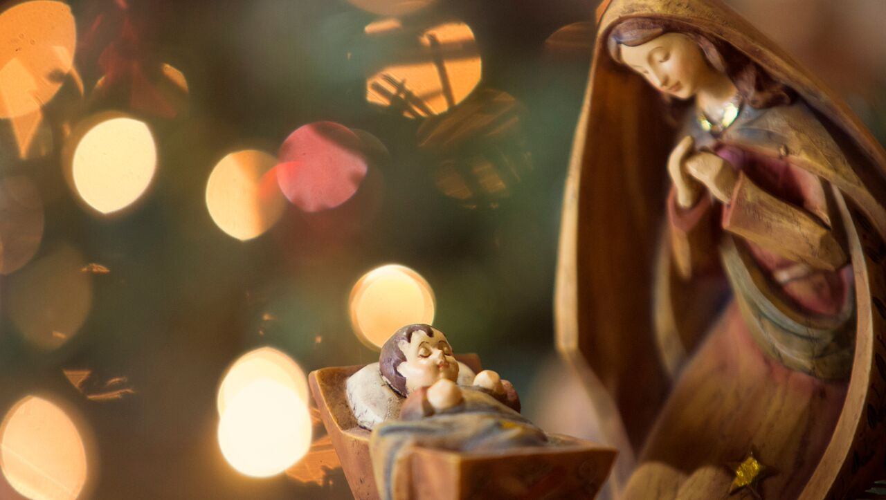 Christ In Christmas.7 Ways To Keep Christ In Christmas Jellytelly Parents
